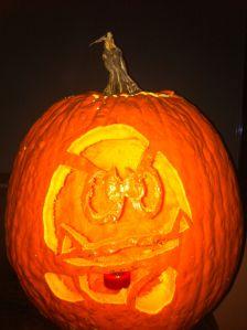 h-2011-Halloween Carvings d