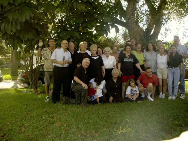 b-2004-Tucker-Families-tyggg.jpg